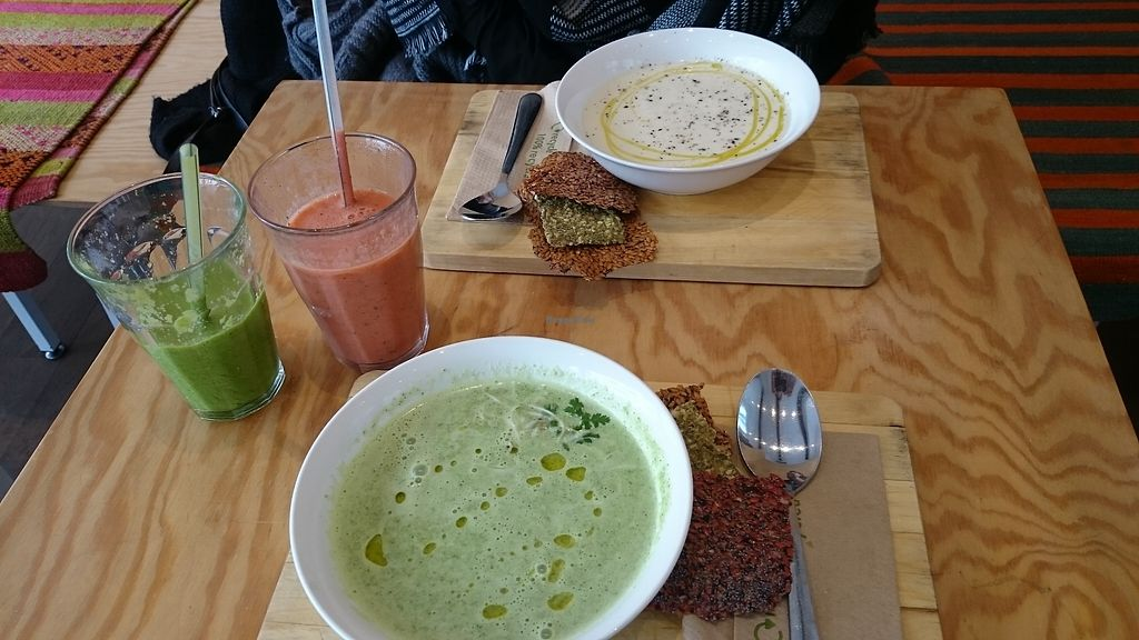 """Photo of eten vol leven  by <a href=""""/members/profile/chb-pbfp"""">chb-pbfp</a> <br/>Raw soup <br/> August 22, 2017  - <a href='/contact/abuse/image/27346/295874'>Report</a>"""