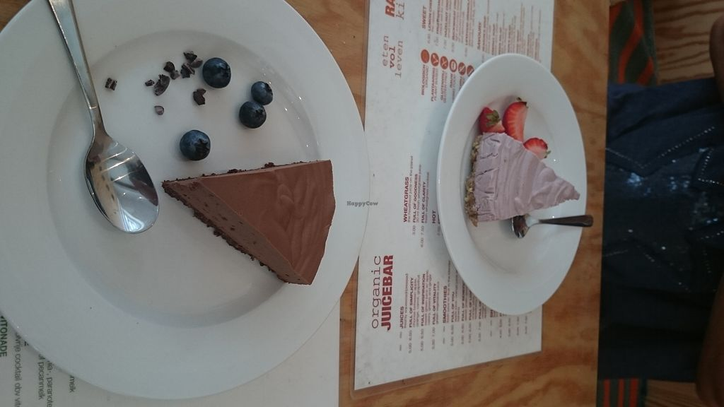 """Photo of eten vol leven  by <a href=""""/members/profile/chb-pbfp"""">chb-pbfp</a> <br/>Raw cheese cakes <br/> August 22, 2017  - <a href='/contact/abuse/image/27346/295876'>Report</a>"""