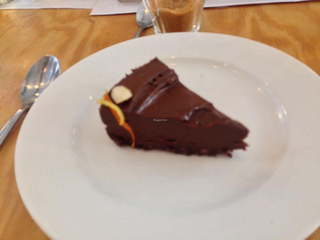 "Photo of eten vol leven  by <a href=""/members/profile/Dalibor"">Dalibor</a> <br/>chocolate cake <br/> February 8, 2014  - <a href='/contact/abuse/image/27346/63911'>Report</a>"