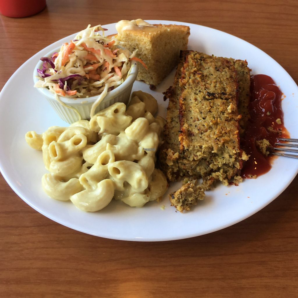 """Photo of Cornbread Cafe  by <a href=""""/members/profile/Confetta"""">Confetta</a> <br/>awesome vegan meatloaf with all the southern comfort fixings! <br/> April 14, 2017  - <a href='/contact/abuse/image/27352/247970'>Report</a>"""