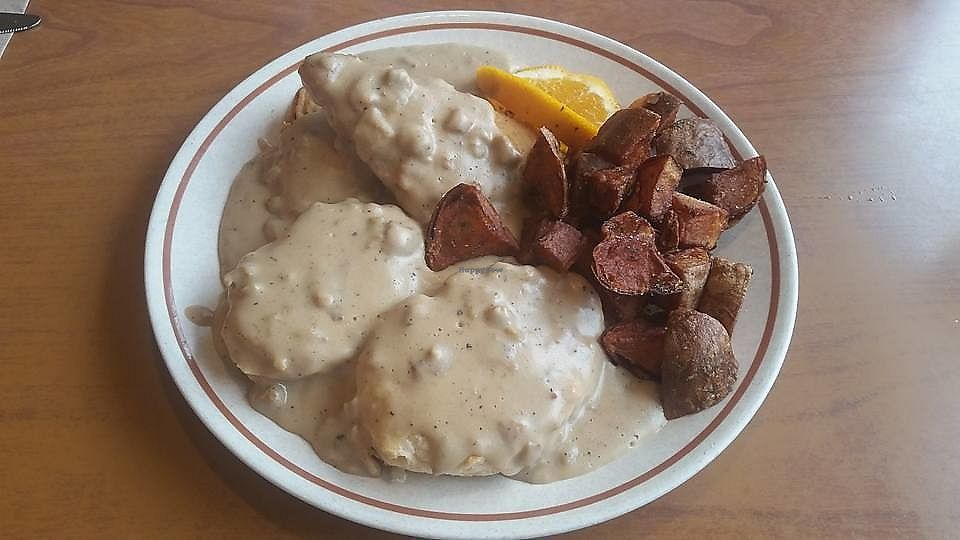 """Photo of Cornbread Cafe  by <a href=""""/members/profile/CorissaMarie"""">CorissaMarie</a> <br/>Chicken and Biscuits  <br/> October 18, 2017  - <a href='/contact/abuse/image/27352/316380'>Report</a>"""