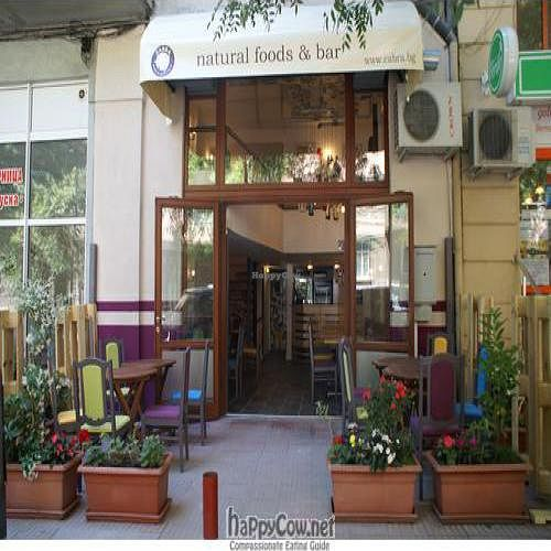 """Photo of CLOSED: Cabra Natural Foods and Bar  by <a href=""""/members/profile/danidancheva"""">danidancheva</a> <br/>entrance and outside of Cabra <br/> July 13, 2011  - <a href='/contact/abuse/image/27379/9646'>Report</a>"""