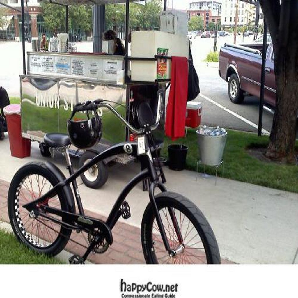 """Photo of CLOSED: Union Street Eats - Food Truck  by <a href=""""/members/profile/bike_junkie"""">bike_junkie</a> <br/> October 17, 2011  - <a href='/contact/abuse/image/27422/11329'>Report</a>"""