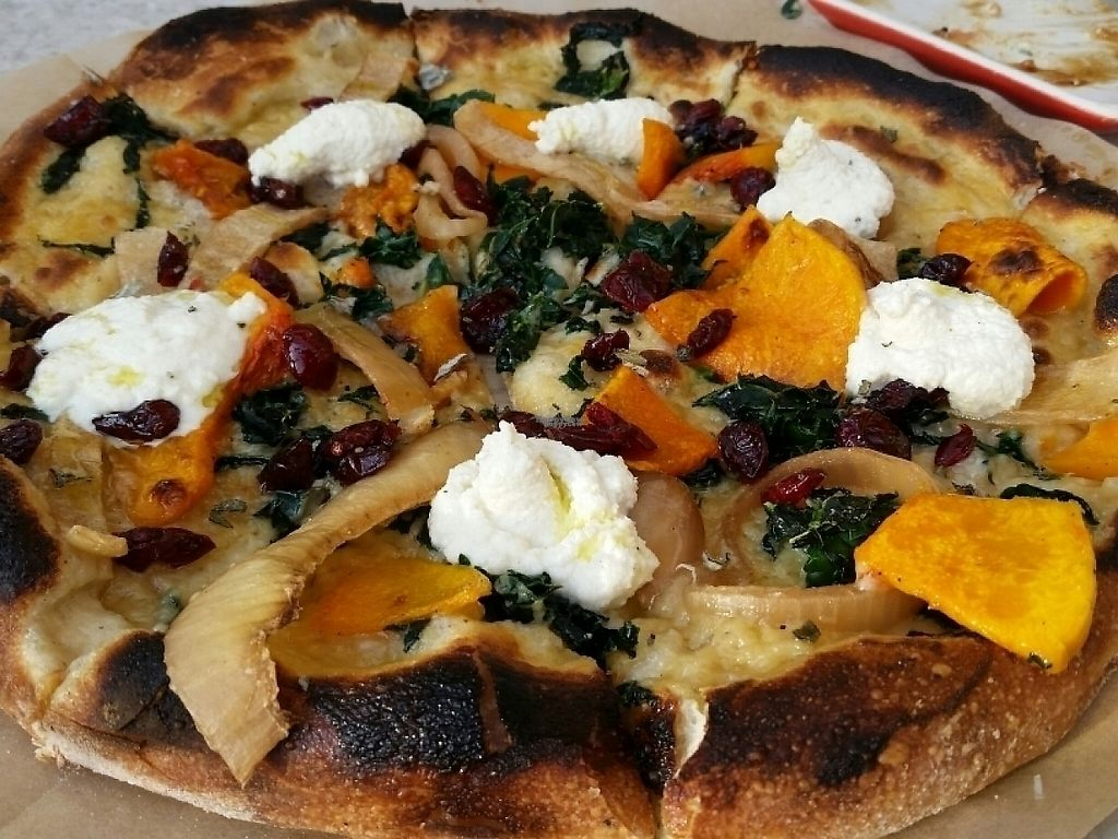 "Photo of True Food Kitchen  by <a href=""/members/profile/eric"">eric</a> <br/>butternut squash pizza <br/> December 14, 2016  - <a href='/contact/abuse/image/27441/201101'>Report</a>"