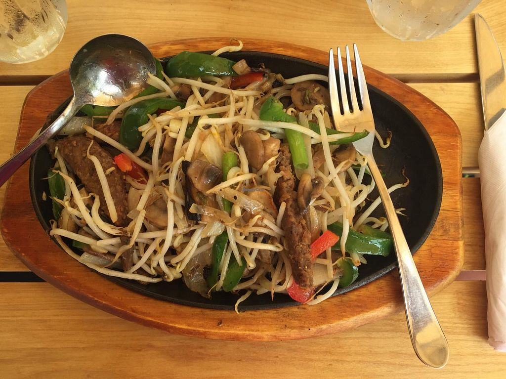 """Photo of Loving Hut  by <a href=""""/members/profile/Coolwhipcat"""">Coolwhipcat</a> <br/>LovingHut Stir-fry <br/> March 22, 2015  - <a href='/contact/abuse/image/27481/96563'>Report</a>"""