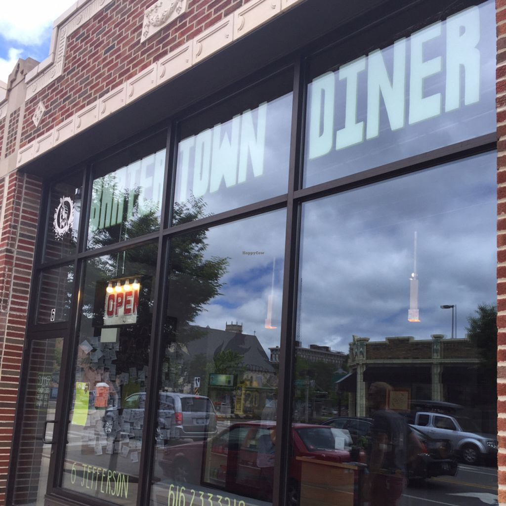 """Photo of CLOSED: Bartertown Diner  by <a href=""""/members/profile/Swansonbuns"""">Swansonbuns</a> <br/>front entrance  <br/> July 9, 2016  - <a href='/contact/abuse/image/27592/158682'>Report</a>"""