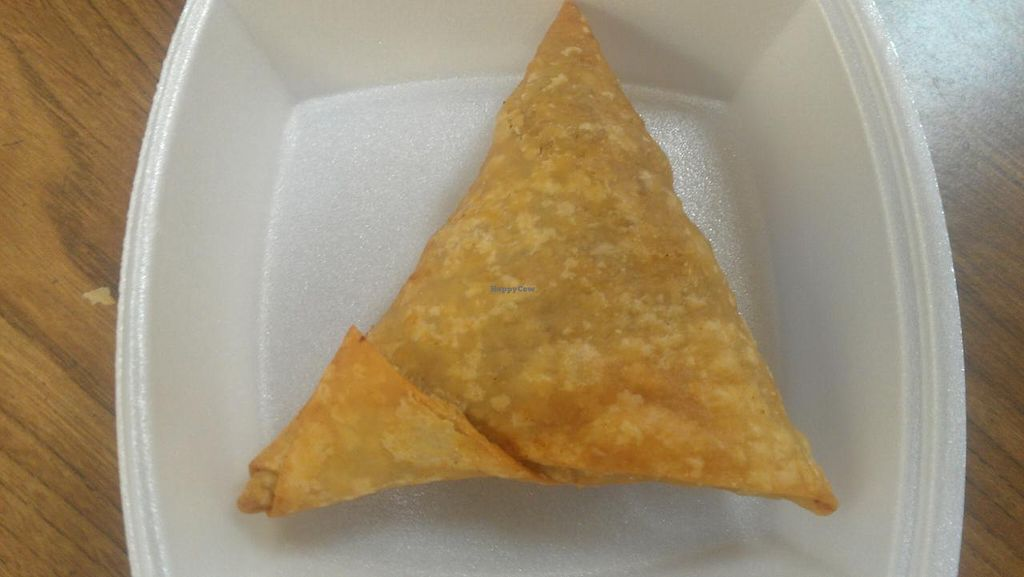 "Photo of Rani's World Foods  by <a href=""/members/profile/kenvegan"">kenvegan</a> <br/>Samosa at Rani's World <br/> May 19, 2014  - <a href='/contact/abuse/image/27706/70290'>Report</a>"