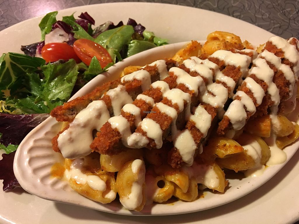 """Photo of Veggie Galaxy  by <a href=""""/members/profile/lavender25"""">lavender25</a> <br/>Buffalo Mac  <br/> February 11, 2018  - <a href='/contact/abuse/image/27722/357942'>Report</a>"""