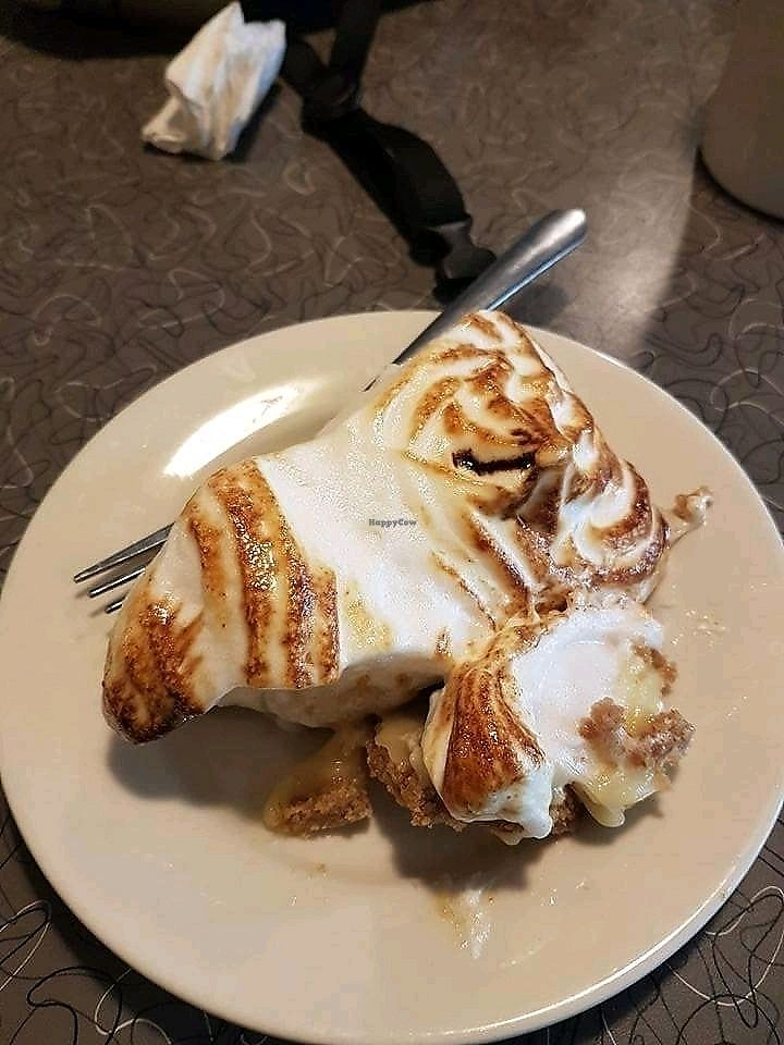 """Photo of Veggie Galaxy  by <a href=""""/members/profile/Mellow2bee"""">Mellow2bee</a> <br/>vegan lemon meringue pie <br/> March 14, 2018  - <a href='/contact/abuse/image/27722/370579'>Report</a>"""