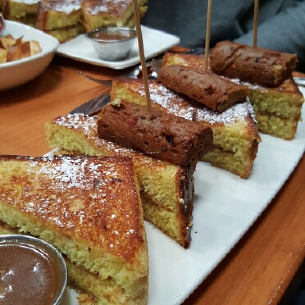 """Photo of Mohawk Bend  by <a href=""""/members/profile/xmrfigx"""">xmrfigx</a> <br/>Elvis French Toast <br/> May 15, 2016  - <a href='/contact/abuse/image/27727/149023'>Report</a>"""