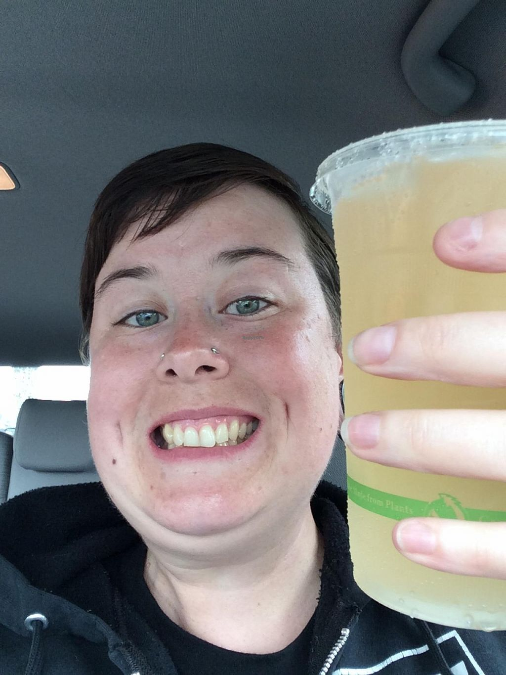 """Photo of Maui Kombucha  by <a href=""""/members/profile/Posi%20Britt"""">Posi Britt</a> <br/>One last stop before I leave. Temple Mandarin Orange flavour. Yes! <br/> April 26, 2015  - <a href='/contact/abuse/image/27733/100383'>Report</a>"""