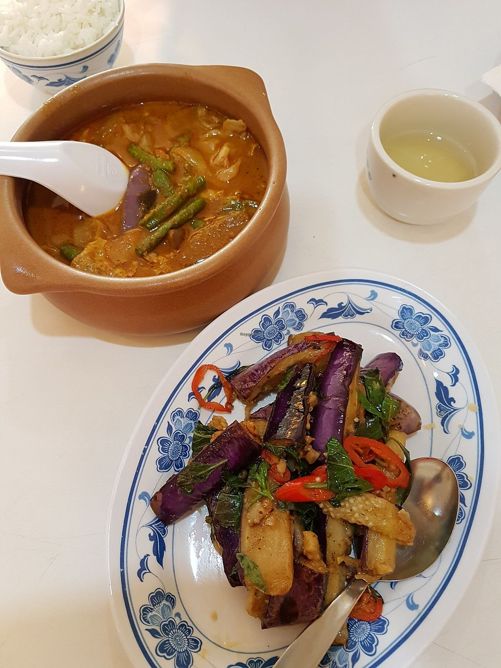 "Photo of Mei Lin Vegetarian  by <a href=""/members/profile/LaiNamKhim"">LaiNamKhim</a> <br/>Curry veggies and ""Three Cups Brinjal"" (Brinjal cooked with soy sauce and basil). All were good <br/> March 31, 2018  - <a href='/contact/abuse/image/27898/378546'>Report</a>"