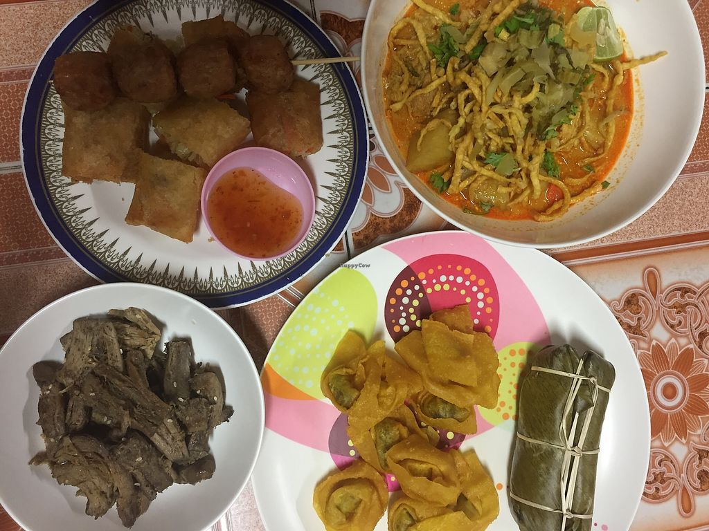"""Photo of Ming Kwan  by <a href=""""/members/profile/Umeko"""">Umeko</a> <br/>a whole selection of stuff for 2 people for 130B <br/> November 23, 2017  - <a href='/contact/abuse/image/28009/328356'>Report</a>"""