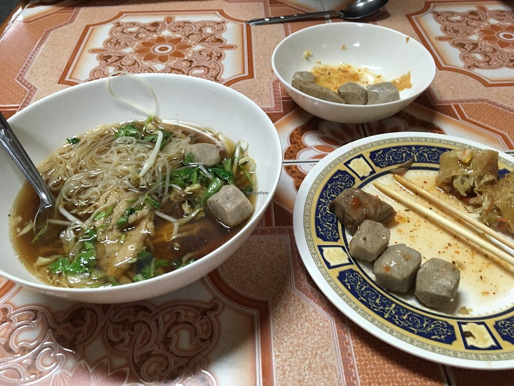 """Photo of Ming Kwan  by <a href=""""/members/profile/Livinglost"""">Livinglost</a> <br/>Mushroomy things and a soup <br/> November 27, 2017  - <a href='/contact/abuse/image/28009/329591'>Report</a>"""