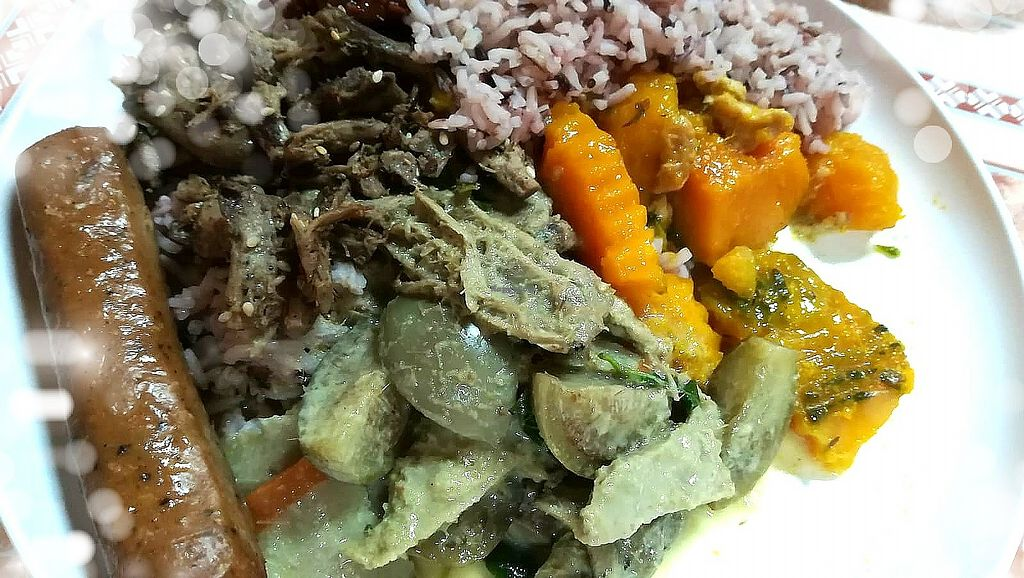 """Photo of Ming Kwan  by <a href=""""/members/profile/ChoyYuen"""">ChoyYuen</a> <br/>A simple vegan meal - brown rice with choice of dishes such as curry, pumpkin, mushrooms and vegan sausage <br/> May 24, 2018  - <a href='/contact/abuse/image/28009/404239'>Report</a>"""