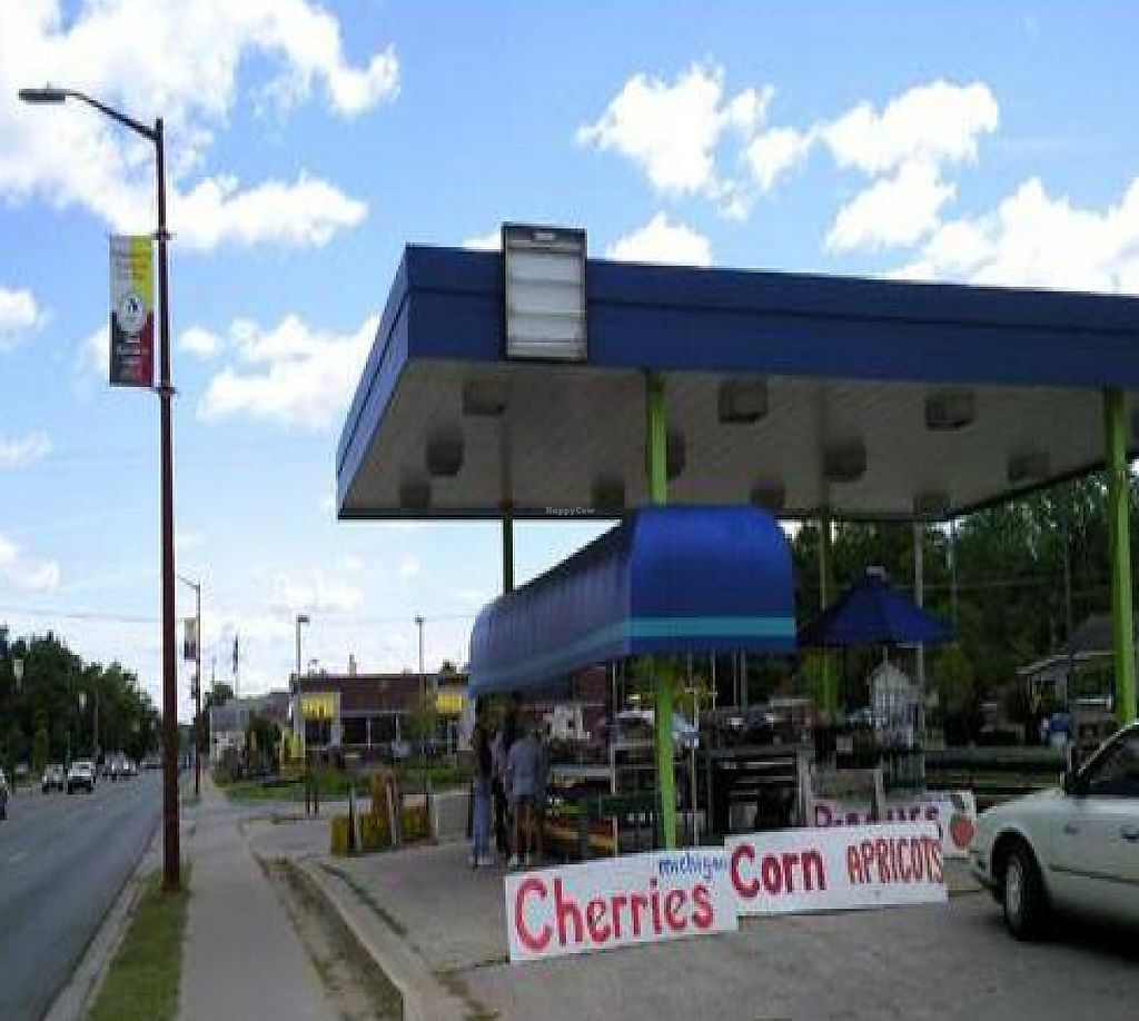 """Photo of Fruit Dock  by <a href=""""/members/profile/happycowgirl"""">happycowgirl</a> <br/>unique venue - uses the space where an old gas station used to be <br/> August 25, 2011  - <a href='/contact/abuse/image/28045/204833'>Report</a>"""
