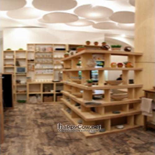 """Photo of CLOSED: Vegeteria  by <a href=""""/members/profile/MariaMizrakhi"""">MariaMizrakhi</a> <br/>Vegeteria interior (2) <br/> September 3, 2011  - <a href='/contact/abuse/image/28154/10397'>Report</a>"""