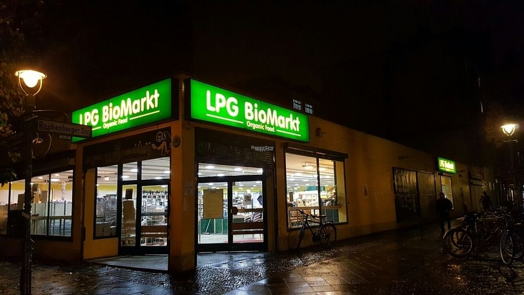 """Photo of LPG BioMarkt - Reichberger  by <a href=""""/members/profile/Clare"""">Clare</a> <br/>front <br/> October 24, 2016  - <a href='/contact/abuse/image/28293/184184'>Report</a>"""