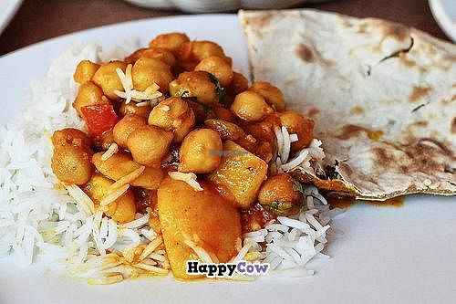 "Photo of Gorkha Palace  by <a href=""/members/profile/EverydayTastiness"">EverydayTastiness</a> <br/>channa masala with roti <br/> October 9, 2013  - <a href='/contact/abuse/image/28322/56446'>Report</a>"