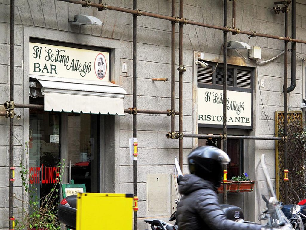 "Photo of CLOSED: Il Sedano Allegro  by <a href=""/members/profile/lallilaranja"">lallilaranja</a> <br/>at the corner between Via dei Pilastri and Via Farini <br/> February 25, 2014  - <a href='/contact/abuse/image/28430/64798'>Report</a>"