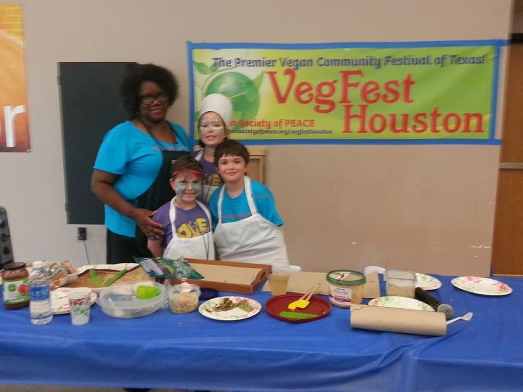 """Photo of Vegan Society of PEACE  by <a href=""""/members/profile/MizzB"""">MizzB</a> <br/>Vegan Society of P.E.A.C.E.'s childrens cooking demo at VegFest Houston <br/> July 2, 2016  - <a href='/contact/abuse/image/28469/157346'>Report</a>"""