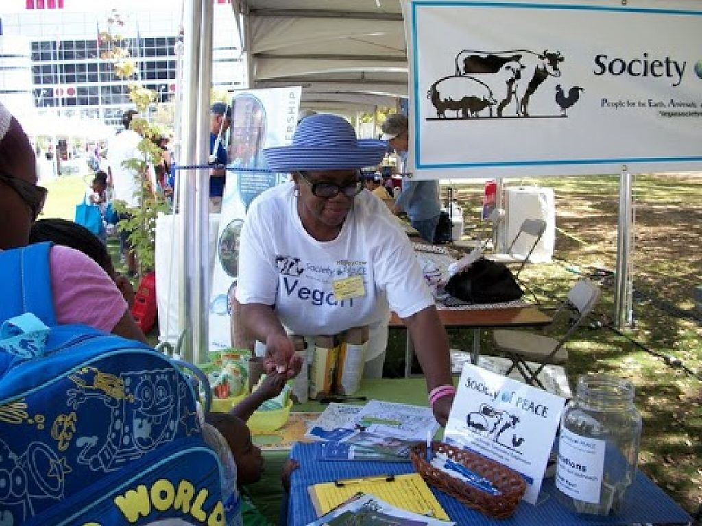 """Photo of Vegan Society of PEACE  by <a href=""""/members/profile/MizzB"""">MizzB</a> <br/>VSOP vegan outreach at Earthday Houston <br/> July 2, 2016  - <a href='/contact/abuse/image/28469/157354'>Report</a>"""