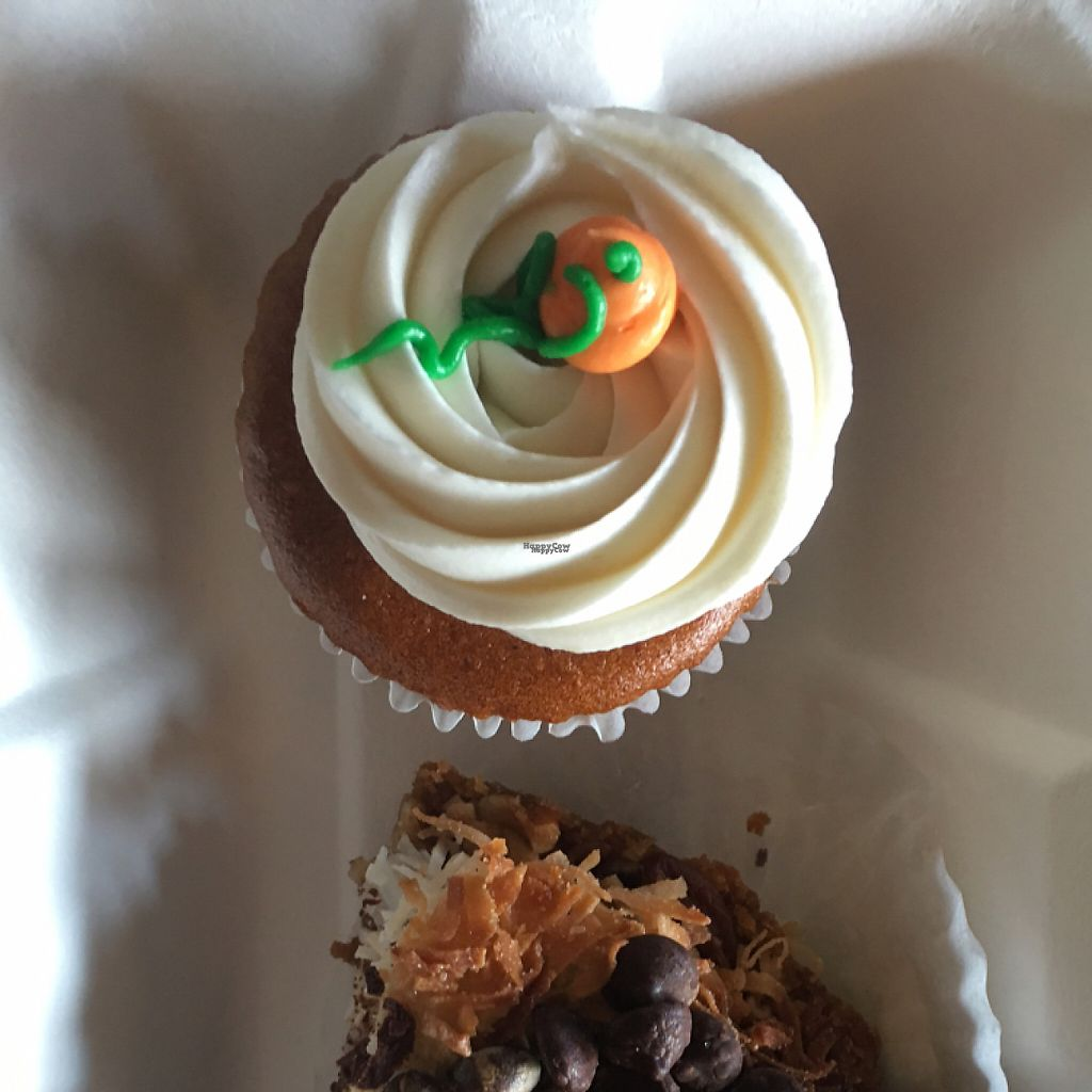 """Photo of Green Vegetarian Cuisine at Alon  by <a href=""""/members/profile/Breda"""">Breda</a> <br/>vegan cheesecake cupcake  <br/> November 15, 2016  - <a href='/contact/abuse/image/28476/190662'>Report</a>"""