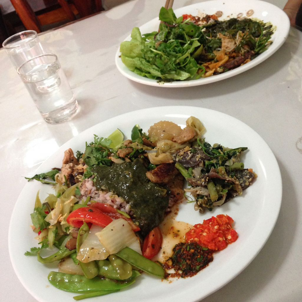 """Photo of Phounsub Restaurant  by <a href=""""/members/profile/Tofulicious"""">Tofulicious</a> <br/>all-you-can-eat buffet  <br/> January 20, 2017  - <a href='/contact/abuse/image/28485/213405'>Report</a>"""