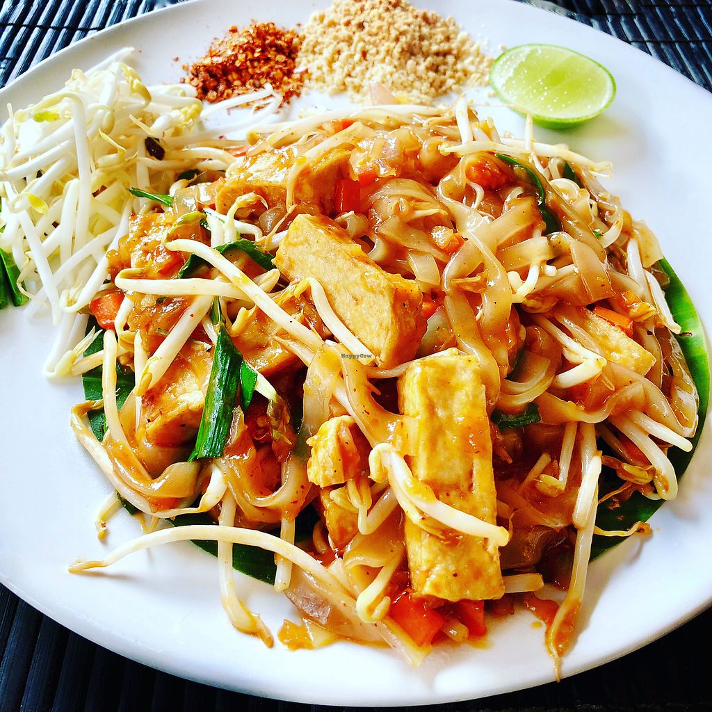 """Photo of May Veggie Home  by <a href=""""/members/profile/josephsuar"""">josephsuar</a> <br/>Pay Thai <br/> February 25, 2018  - <a href='/contact/abuse/image/28511/363659'>Report</a>"""