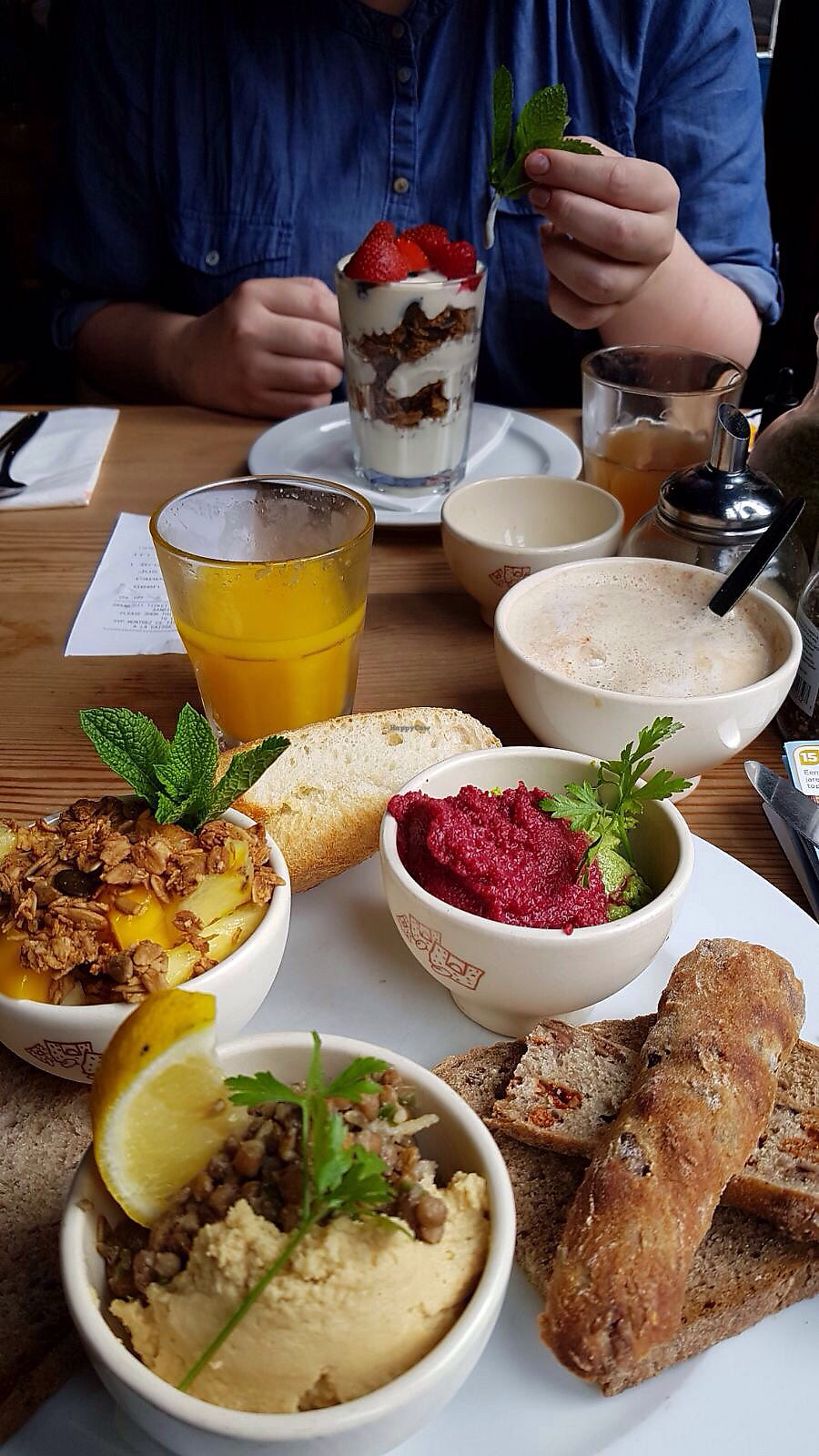"Photo of CLOSED: Le Pain Quotidien - Philip Stockstraat  by <a href=""/members/profile/Cakerino"">Cakerino</a> <br/>Two dishes from the special summer menu <br/> August 26, 2017  - <a href='/contact/abuse/image/28514/297411'>Report</a>"