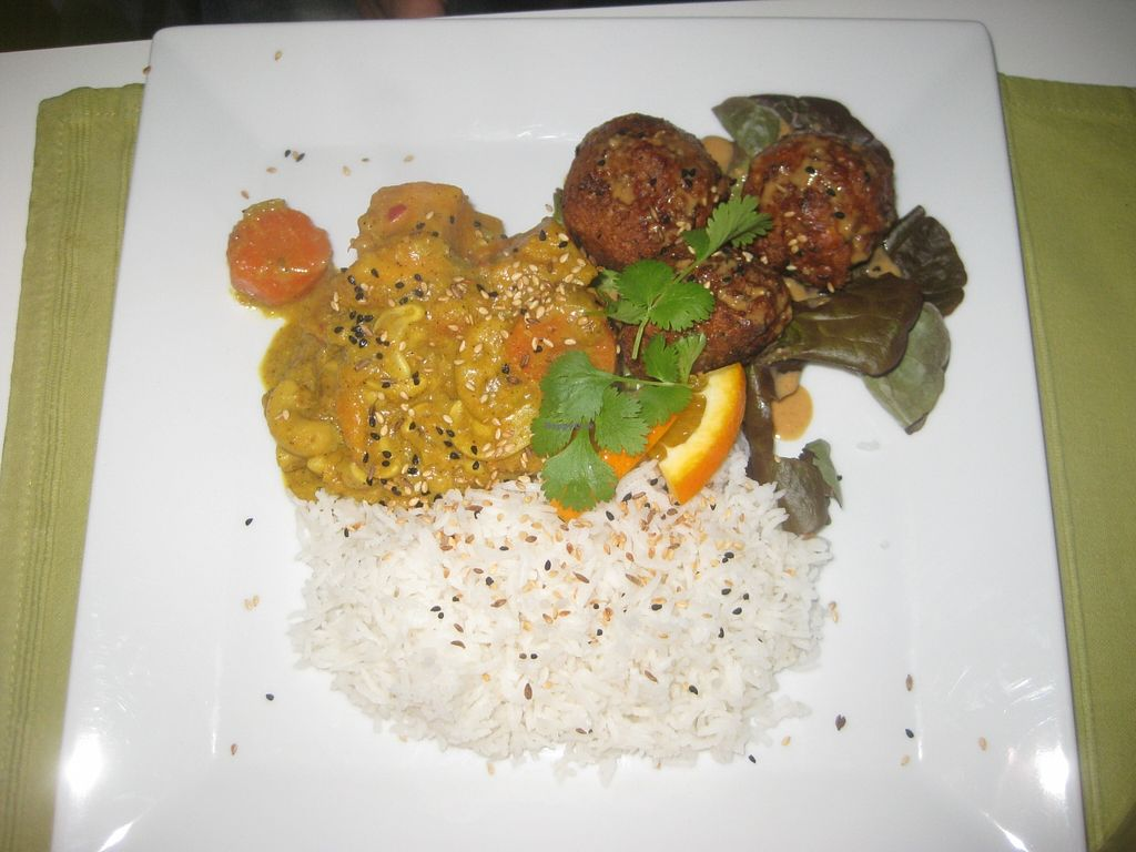 """Photo of CLOSED: Kwadrat  by <a href=""""/members/profile/jennyc32"""">jennyc32</a> <br/>Sweet potato and carrot curry <br/> April 9, 2016  - <a href='/contact/abuse/image/28613/143641'>Report</a>"""
