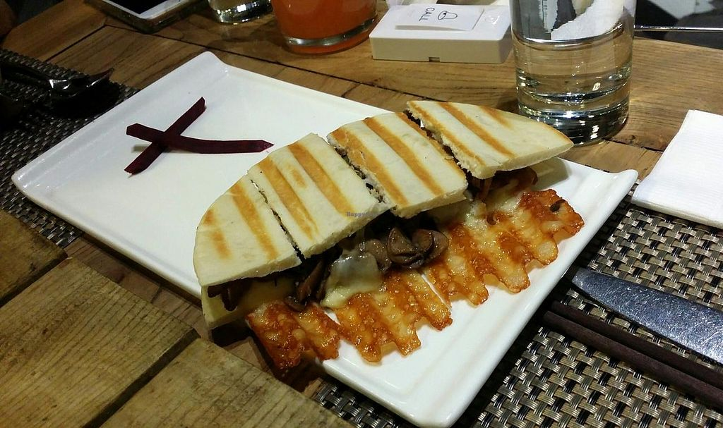 "Photo of CLOSED: Jing Fun Vegetarian  by <a href=""/members/profile/jungsiah"">jungsiah</a> <br/>Mushrooms and cheese panini <br/> May 21, 2015  - <a href='/contact/abuse/image/28634/102943'>Report</a>"