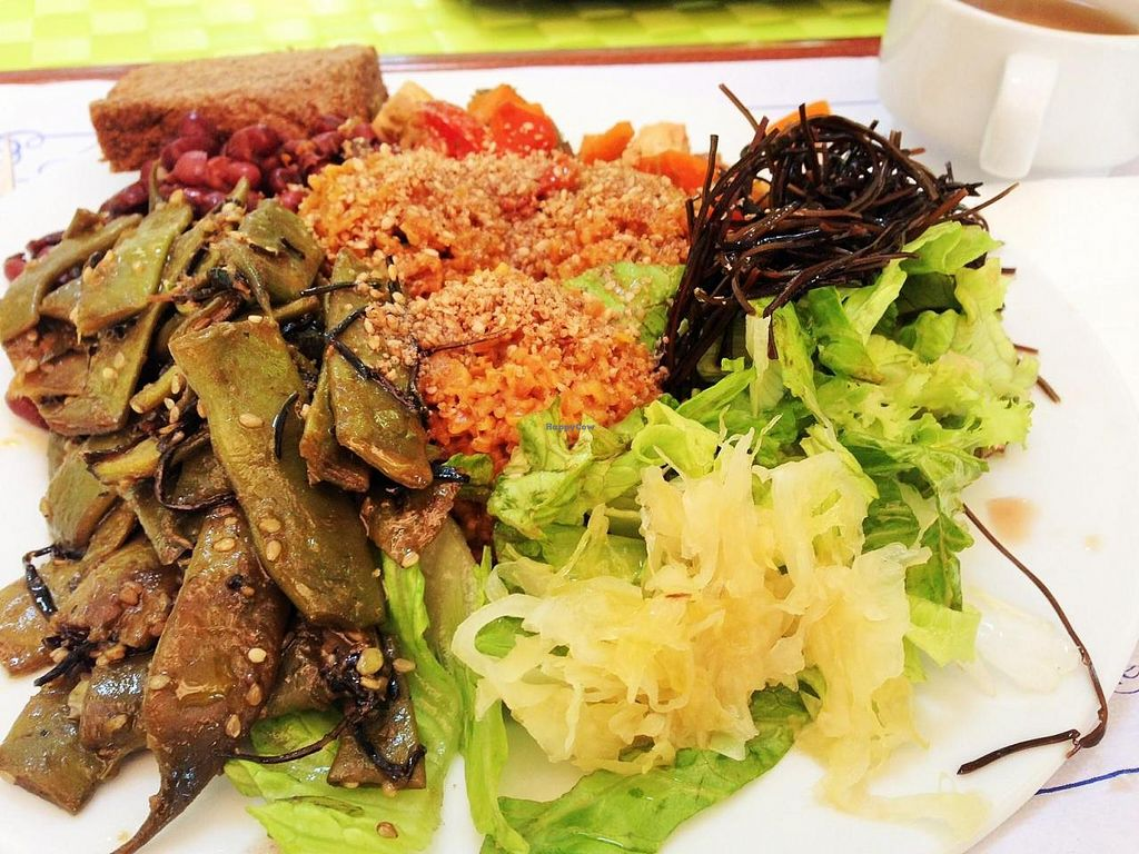 """Photo of Macrobiotic Zen  by <a href=""""/members/profile/JustaPack"""">JustaPack</a> <br/>Vegan Macrobiotics Plate of the day <br/> July 19, 2014  - <a href='/contact/abuse/image/28703/74421'>Report</a>"""