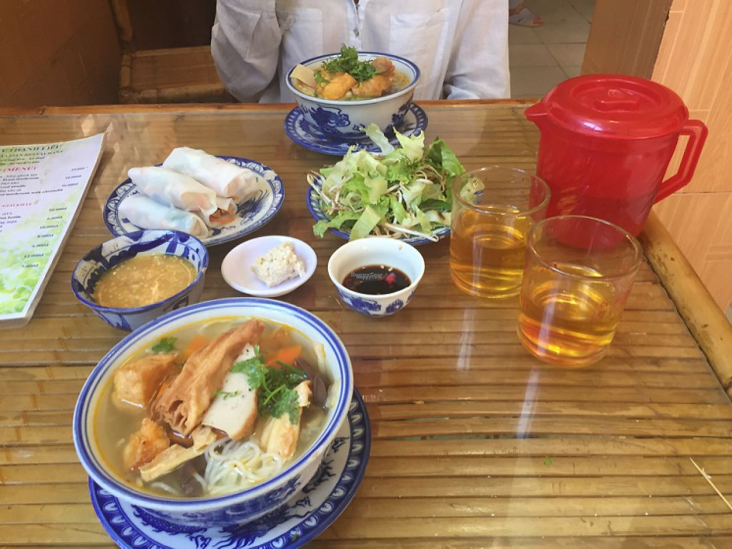 """Photo of Thanh Lieu  by <a href=""""/members/profile/GeckoHeaven"""">GeckoHeaven</a> <br/>Soup with noodles x2 and fresh spring rolls. 30000vnd <br/> March 23, 2017  - <a href='/contact/abuse/image/28812/239870'>Report</a>"""
