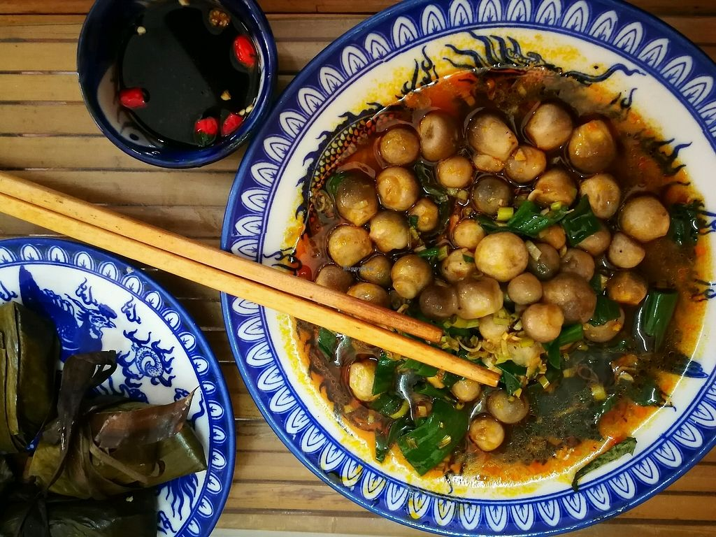 """Photo of Thanh Lieu  by <a href=""""/members/profile/Yoanne"""">Yoanne</a> <br/>nam xao sa (""""mushroom with citronella) <br/> April 1, 2018  - <a href='/contact/abuse/image/28812/379199'>Report</a>"""
