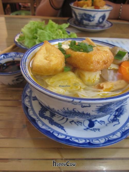 """Photo of Thanh Lieu  by <a href=""""/members/profile/Kalorienbombe"""">Kalorienbombe</a> <br/>Noodle Soup <br/> May 12, 2013  - <a href='/contact/abuse/image/28812/48135'>Report</a>"""