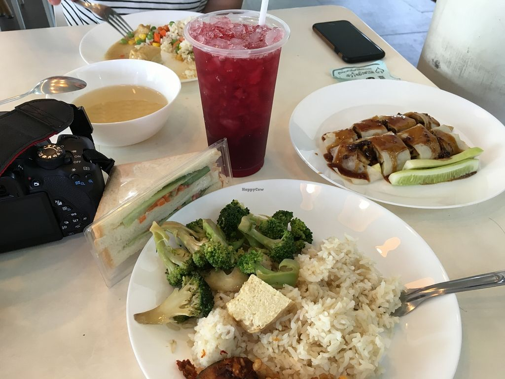 """Photo of CLOSED: Baan Suan Pai  by <a href=""""/members/profile/broganlane"""">broganlane</a> <br/>We needed up having two plates each! 35thb a plate <br/> May 25, 2016  - <a href='/contact/abuse/image/28819/150724'>Report</a>"""