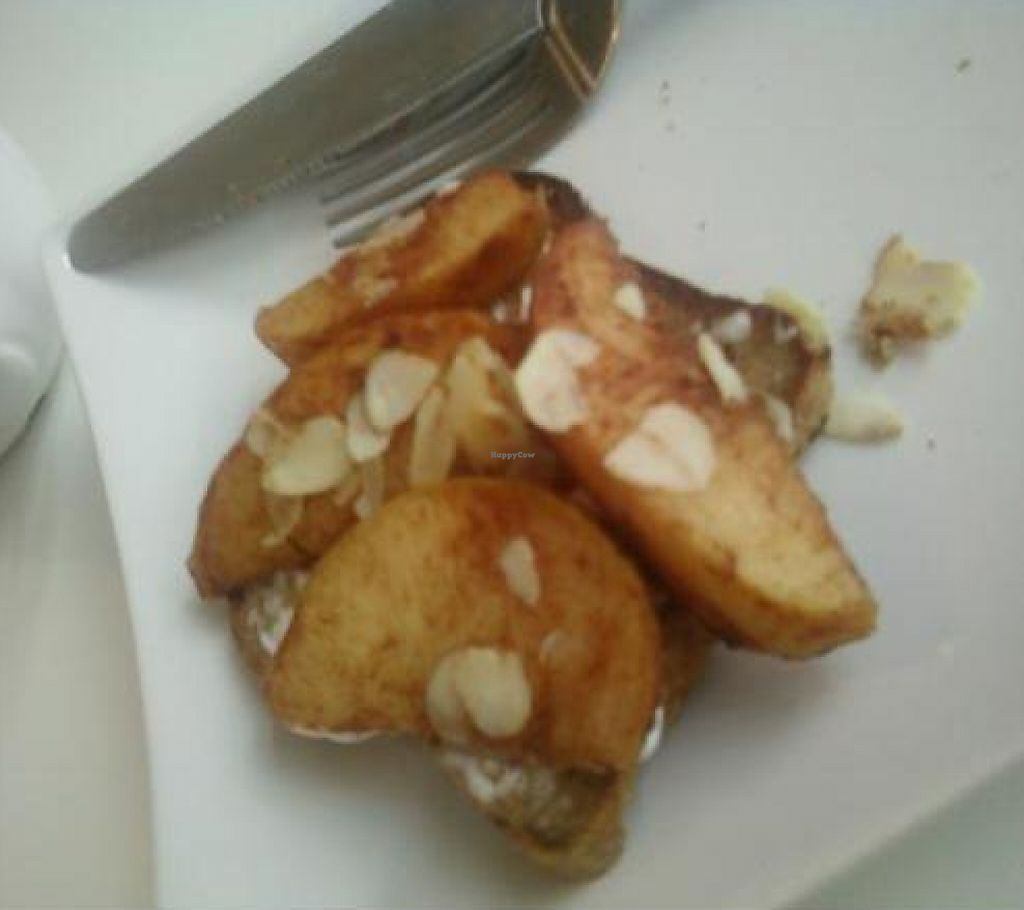 "Photo of Chomp Vegan Eatery  by <a href=""/members/profile/DollyWiggles"">DollyWiggles</a> <br/>My dlectable breakfast; Apple cinnamon almond toast. I ate one piece then decided it was so pretty I just HAD to take a photo :) <br/> February 11, 2012  - <a href='/contact/abuse/image/28869/222992'>Report</a>"