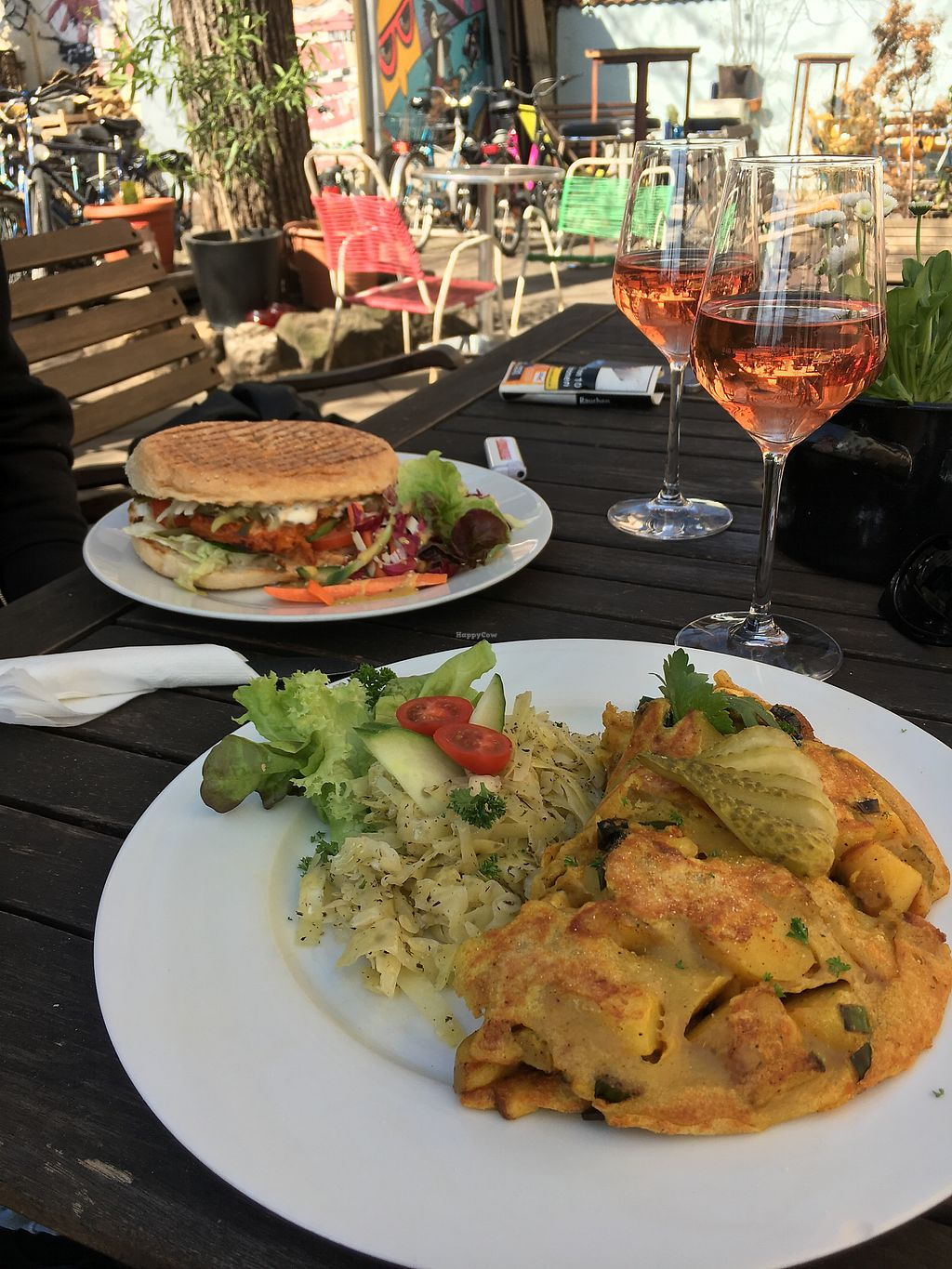 "Photo of Falscher Hase  by <a href=""/members/profile/MonikaSnyder"">MonikaSnyder</a> <br/>Soja-Burger, Bauernfrühstück und Rosé <br/> April 7, 2018  - <a href='/contact/abuse/image/28876/382080'>Report</a>"