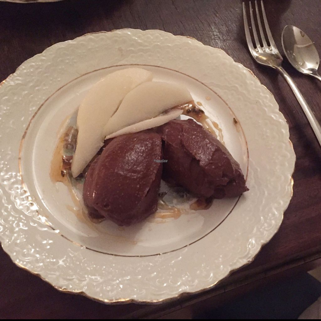 "Photo of Marits Eetkamer  by <a href=""/members/profile/AmyHuntt"">AmyHuntt</a> <br/>chocolate mouse with pear  <br/> December 3, 2016  - <a href='/contact/abuse/image/28877/197083'>Report</a>"
