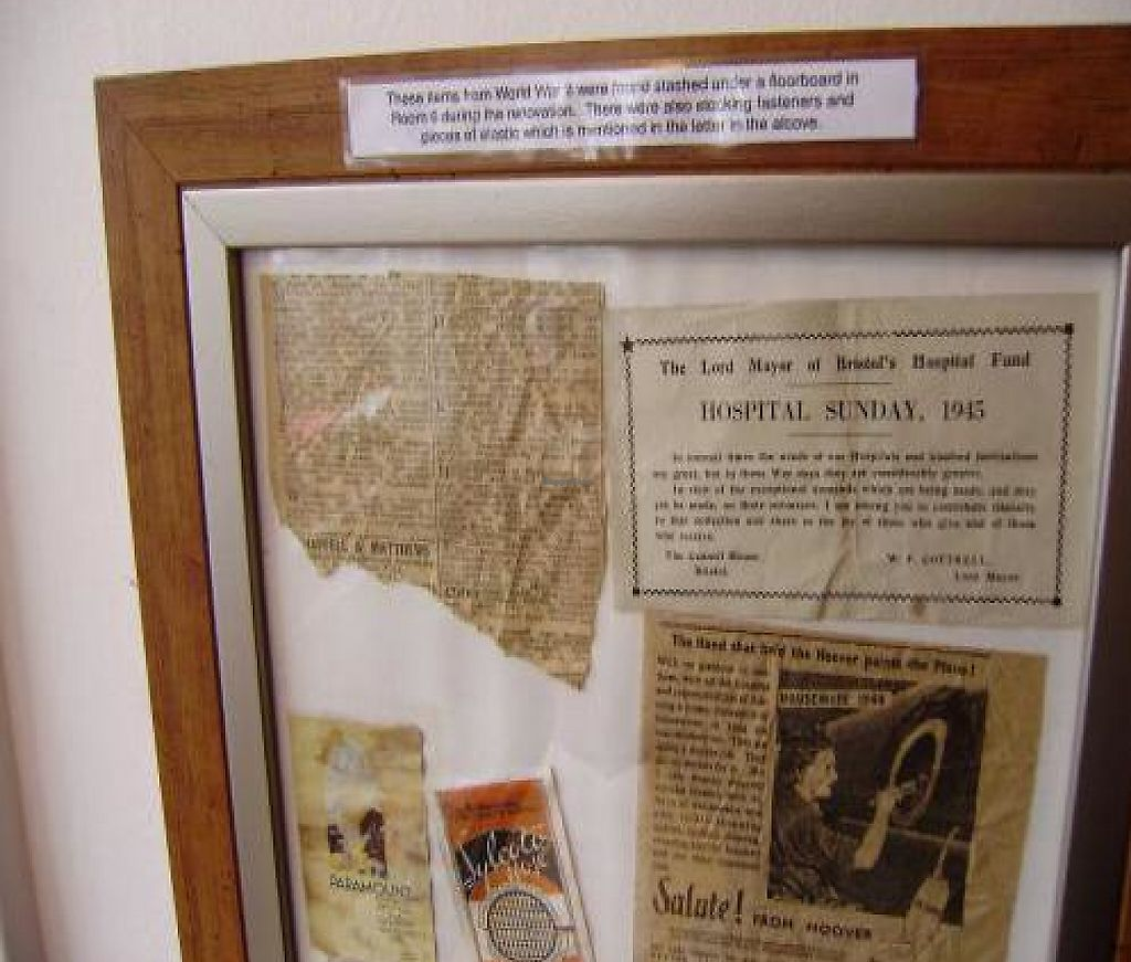 """Photo of The Base  by <a href=""""/members/profile/alimac"""">alimac</a> <br/>Found in restoring the house, on display in the breakfast room <br/> October 23, 2011  - <a href='/contact/abuse/image/28879/192676'>Report</a>"""