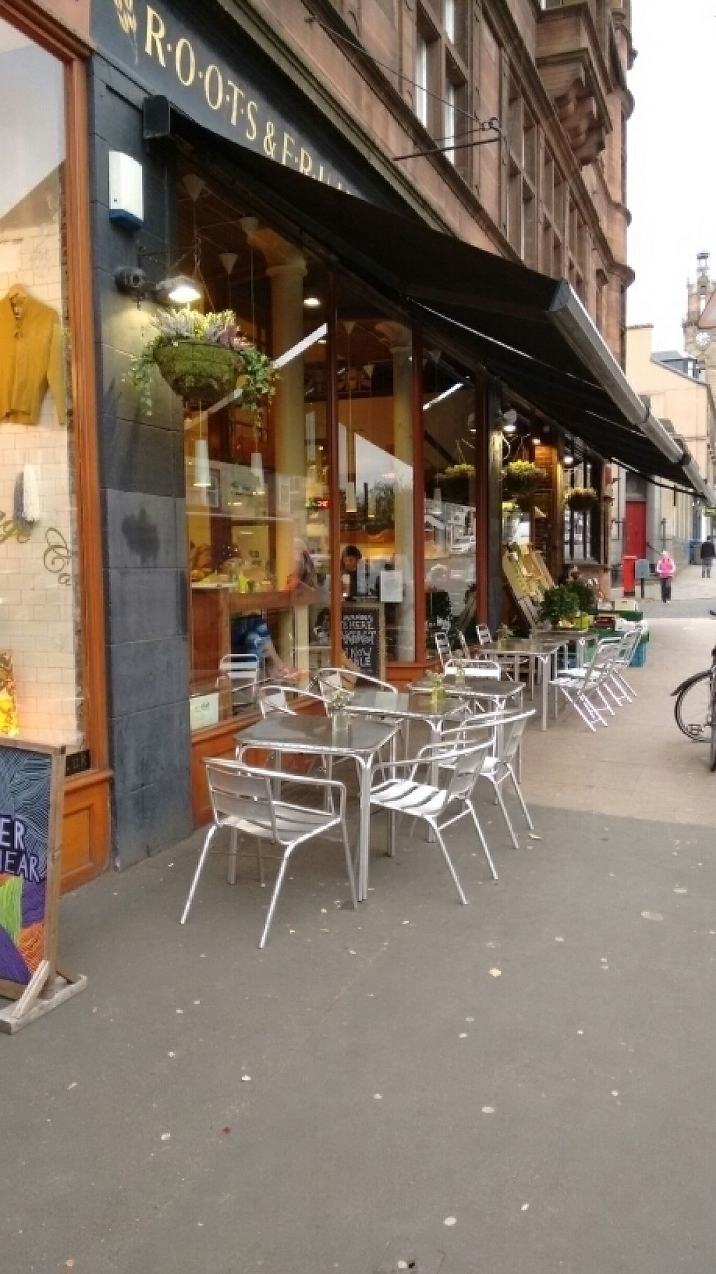 """Photo of Roots  Fruits and Flowers - Great Western Rd  by <a href=""""/members/profile/craigmc"""">craigmc</a> <br/>deli cafe seating <br/> November 9, 2016  - <a href='/contact/abuse/image/28899/187970'>Report</a>"""