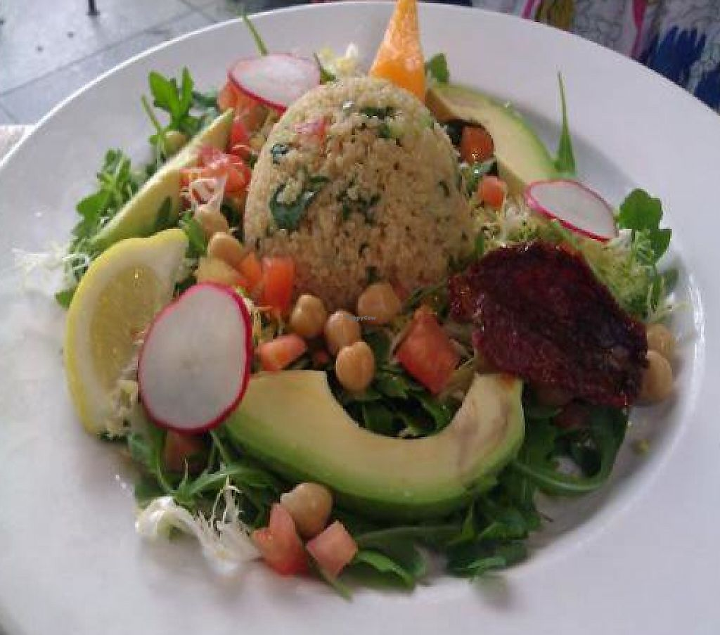 """Photo of Le Pain Quotidien  by <a href=""""/members/profile/eric"""">eric</a> <br/>vegan salad option <br/> November 30, 2011  - <a href='/contact/abuse/image/28915/188469'>Report</a>"""