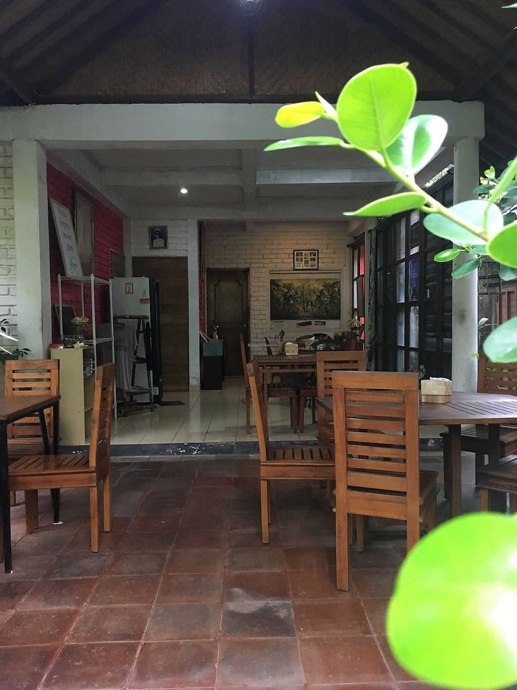 "Photo of Tasty Vegan - Seminyak  by <a href=""/members/profile/BastianSteinbach"">BastianSteinbach</a> <br/>Seating area inside <br/> March 7, 2018  - <a href='/contact/abuse/image/29016/367744'>Report</a>"