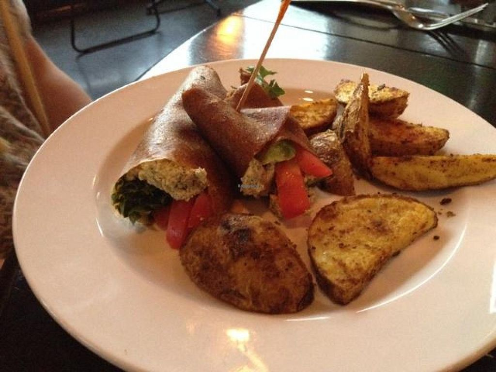 """Photo of CLOSED: Body Cafe  by <a href=""""/members/profile/mbentz"""">mbentz</a> <br/>cashew 'tuna' and curry potatoes <br/> May 25, 2014  - <a href='/contact/abuse/image/29065/70747'>Report</a>"""