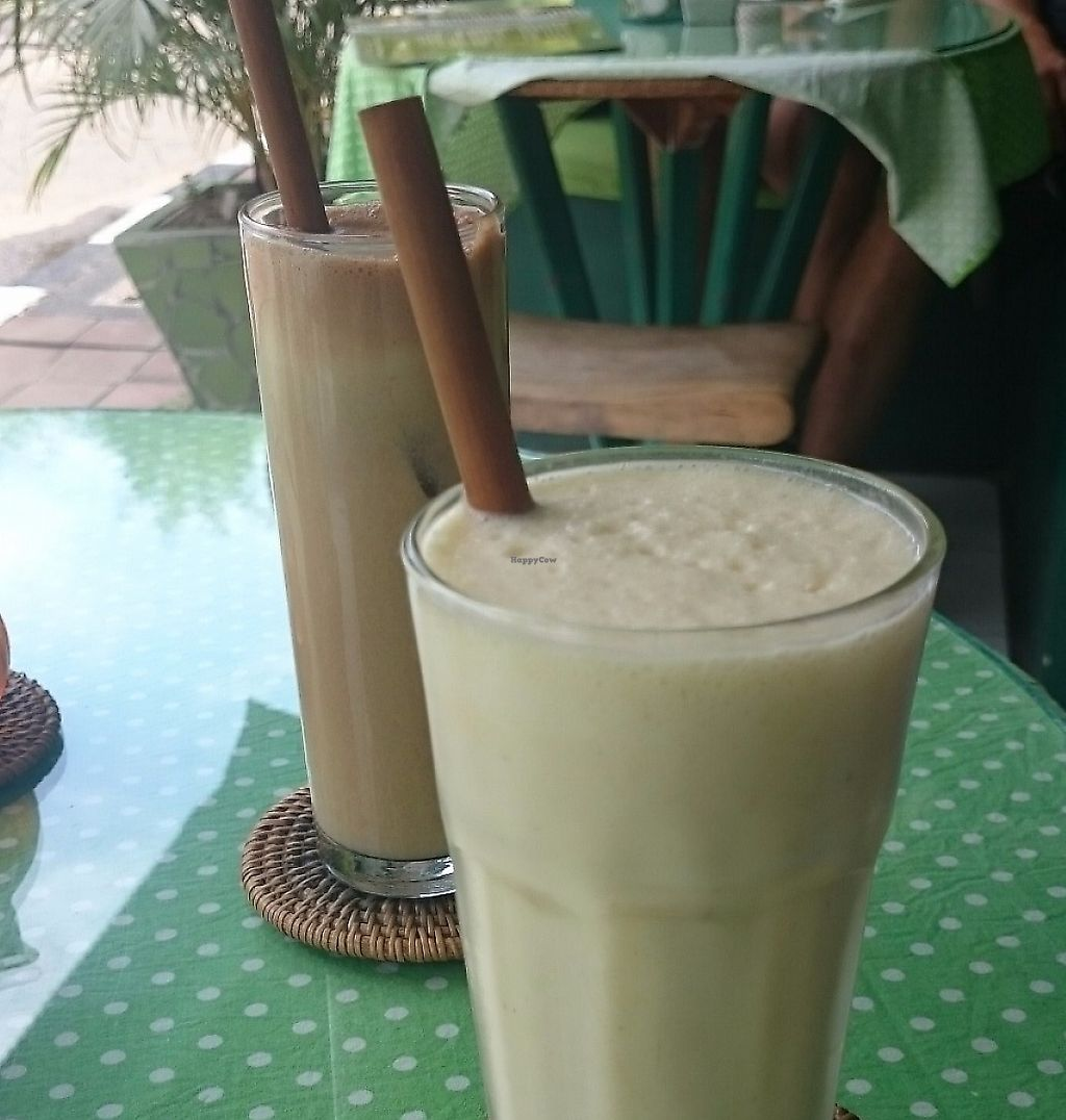 """Photo of Akar Cafe  by <a href=""""/members/profile/Cynthia1998"""">Cynthia1998</a> <br/>Banana orange smoothie <br/> December 8, 2016  - <a href='/contact/abuse/image/29077/267486'>Report</a>"""