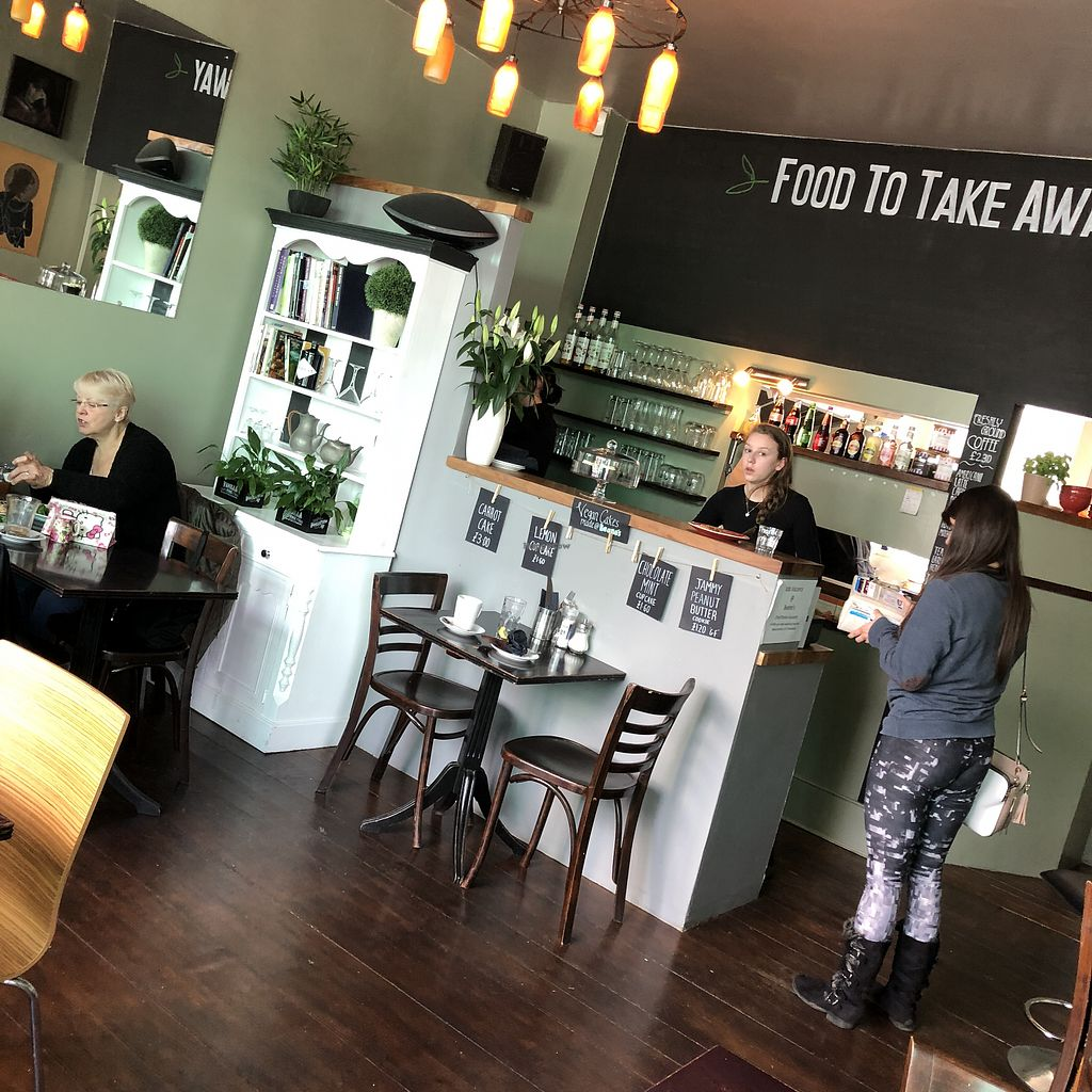 """Photo of Beanos  by <a href=""""/members/profile/TARAMCDONALD"""">TARAMCDONALD</a> <br/>Inside of eatery <br/> May 1, 2018  - <a href='/contact/abuse/image/29081/393560'>Report</a>"""