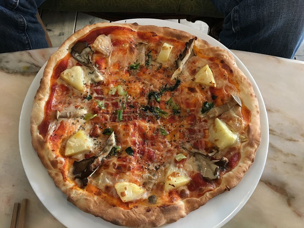 """Photo of Vegans Cafe and Restaurant  by <a href=""""/members/profile/Siup"""">Siup</a> <br/>Margherita pizza  <br/> April 8, 2018  - <a href='/contact/abuse/image/29114/382313'>Report</a>"""