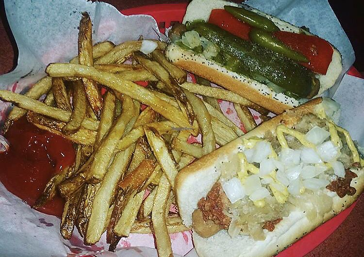 "Photo of Dirty Franks Hot Dog Palace  by <a href=""/members/profile/Tabgreenvegan"">Tabgreenvegan</a> <br/>Vegan Hot Dogs  <br/> March 29, 2018  - <a href='/contact/abuse/image/29125/377977'>Report</a>"