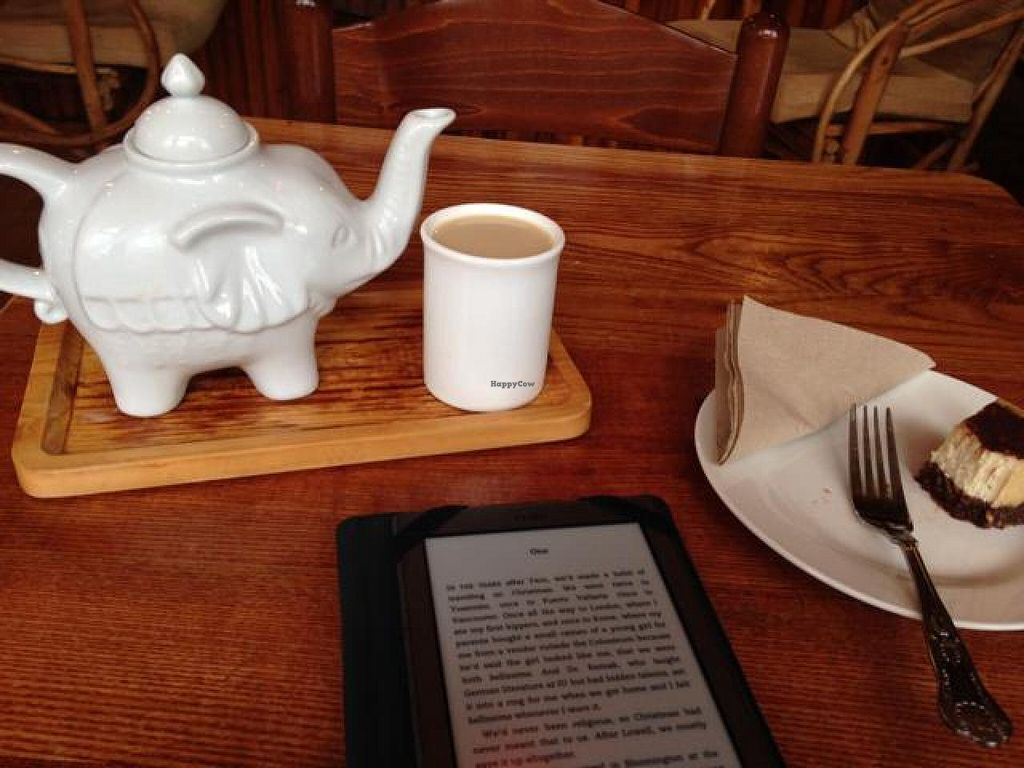 """Photo of Tea Sutra Teahouse  by <a href=""""/members/profile/digsapony"""">digsapony</a> <br/>vegan chai and raw vegan white choc cheezecake <br/> September 20, 2014  - <a href='/contact/abuse/image/29138/80506'>Report</a>"""